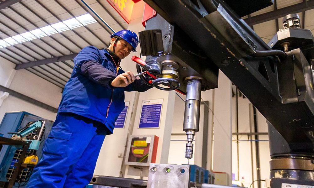 الإنتاج الصناعي في الصين ينمو بنسبة 9.8 في المئة خلال أبريل