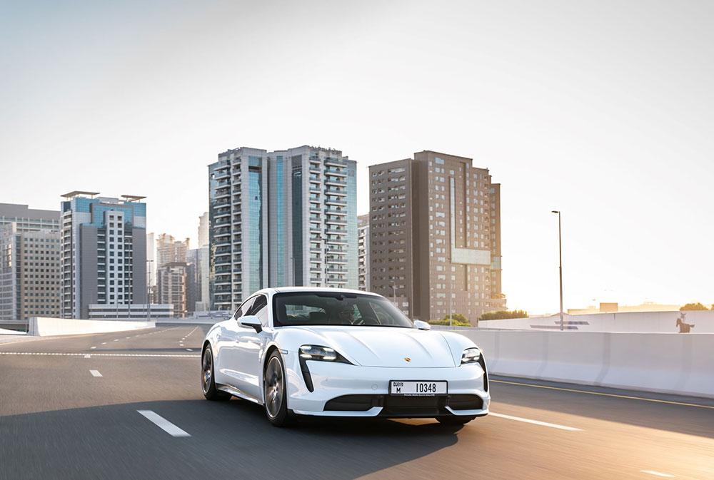 Porsche تحقق أداءً قوياً في 2020