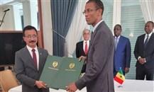 """""""موانئ دبي العالمية"""" توقع اتفاقية مع السنغال لإنشاء ميناء في ندايان"""