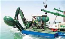 """""""الجرافات البحرية"""" الإماراتية ستنفذ مشروع توسعة بحيرة المنزلة في مصر"""