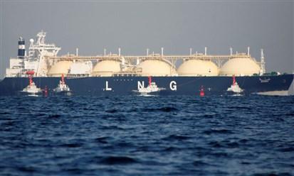 هل يعود الغاز القطري الى الامارات؟