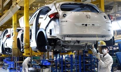 كورونا يضع قطاع السيارات في أزمة غير مسبوقة