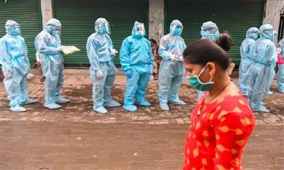 الهند تسجل أرقاماً قياسية لكورونا: 412 ألف إصابة ونحو 4 آلاف وفاة في 24 ساعة