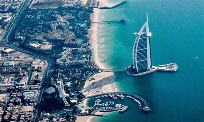 """دبي تطلق """"برنامج العمل الافتراضي"""" وتمنح الإقامة مدة عام كامل"""
