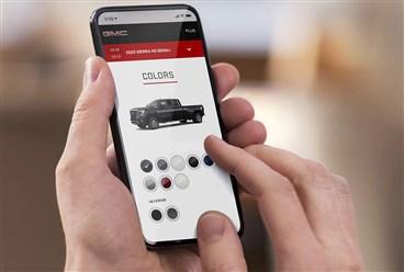 """GMC تطلق منصة """"تسوق. انقر. انطلق"""" للشراء والتمويل عبر الإنترنت"""