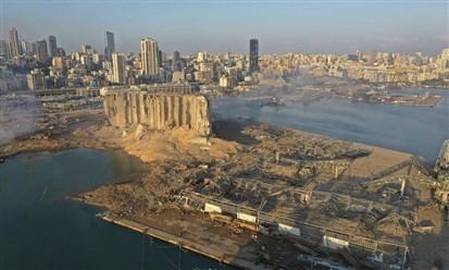 """ماكرون سيعود الى لبنان لـ """"إلقاء نظرة الوداع"""" على مبادرته!"""