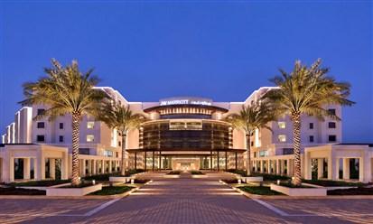 فندق جي دبليو ماريوت: متعة الأعمال والاستجمام في مسقط