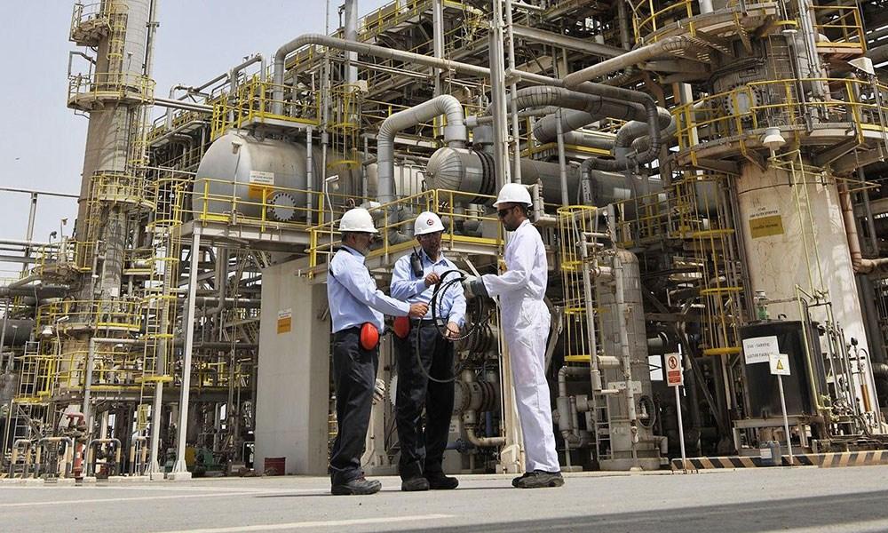 البحرين ثالث دولة خليجية تدرس بيع حصة من أصولها النفطية