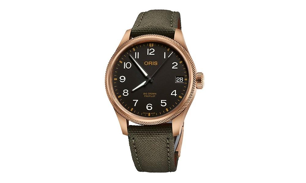 ساعة جديدة من ORIS بعلبة من البرونز