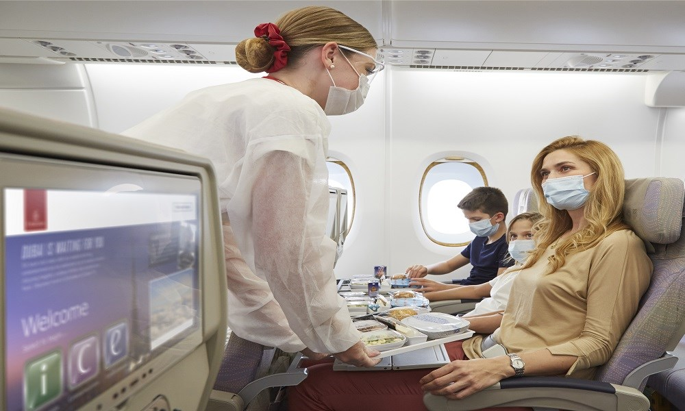 طيران الإمارات: تغطية تأمين شاملة لمسافريها
