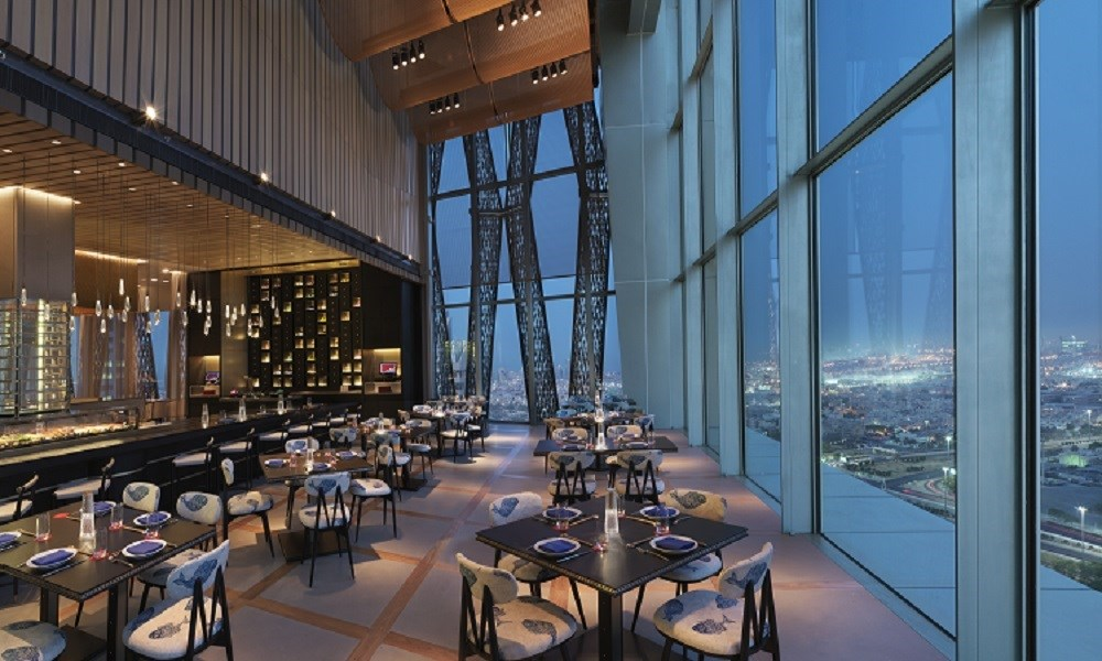 """فندق""""فورسيزونز الكويت برج الشايع"""" يعود بمعايير جديدة"""