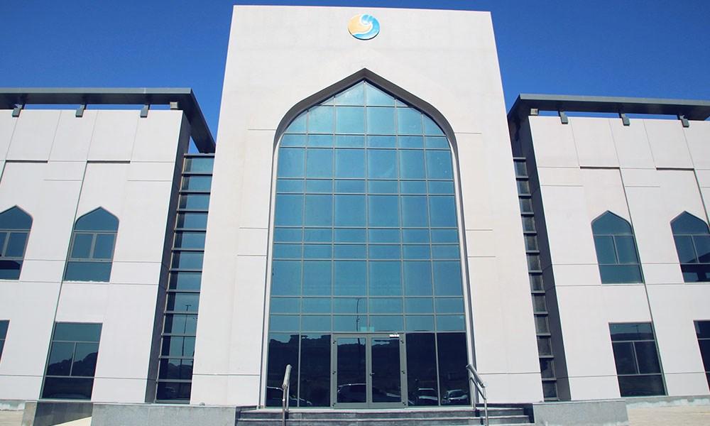 """المنطقة الاقتصادية في الدقم تسلم مباني المحطة الجمركية إلى """"ميناء الدقم"""""""