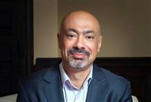 """رئيس """"مجموعة اتصالات"""" الامارات حاتم دويدار: تنوع الخدمات والأسواق وراء نمو الارباح"""