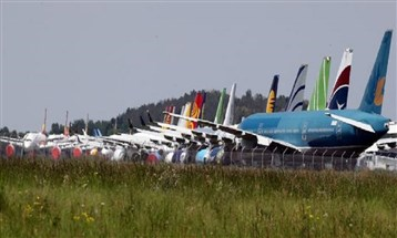 الجائحة تعصف بشركات الطيران: تسريح آلاف الموظفين