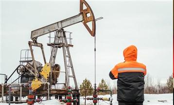 مخزونات النفط الأميركية تتراجع إلى 498.4 مليون برميل